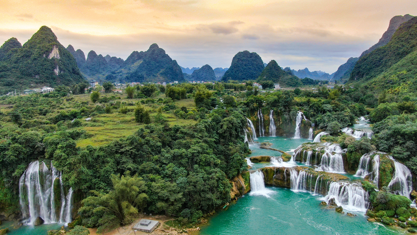 Affordable Places Travel Ban Gioc Waterfall Vietnam