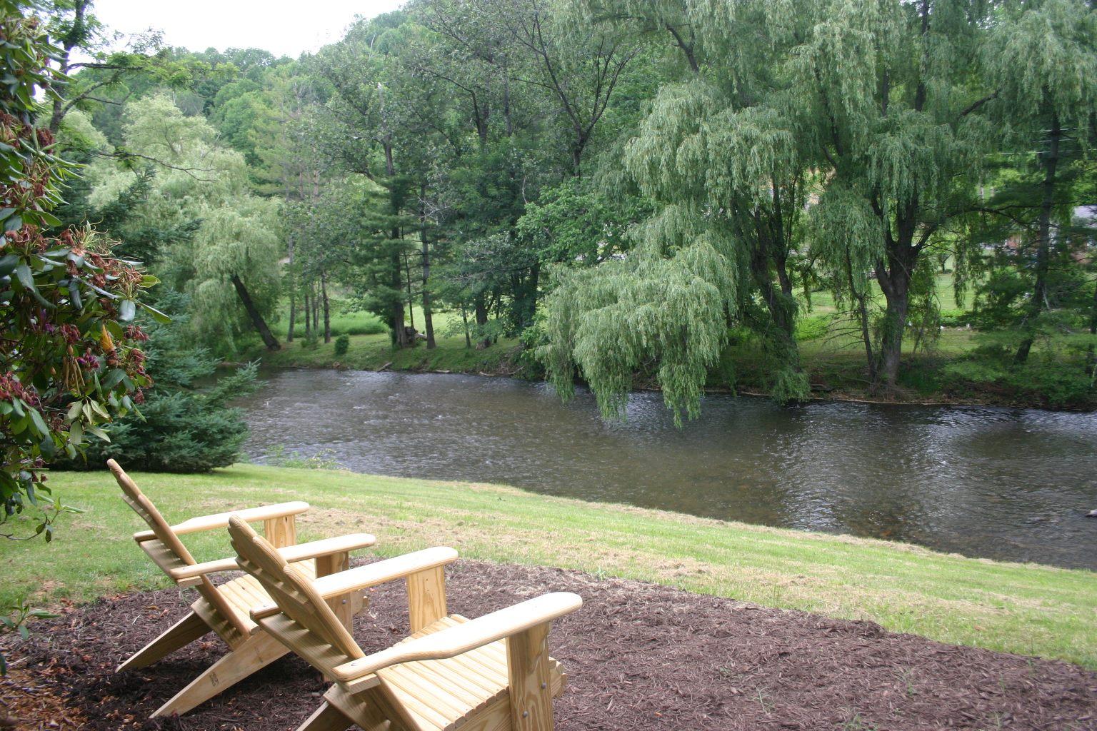 Carolina Mountain Properties Rentals Ashe County New River Waters Edge Property Trout Fishing