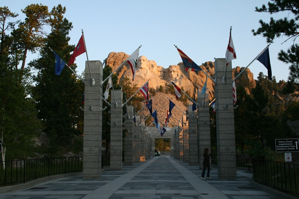 Executive Lodging Day Trips Mt Rushmore