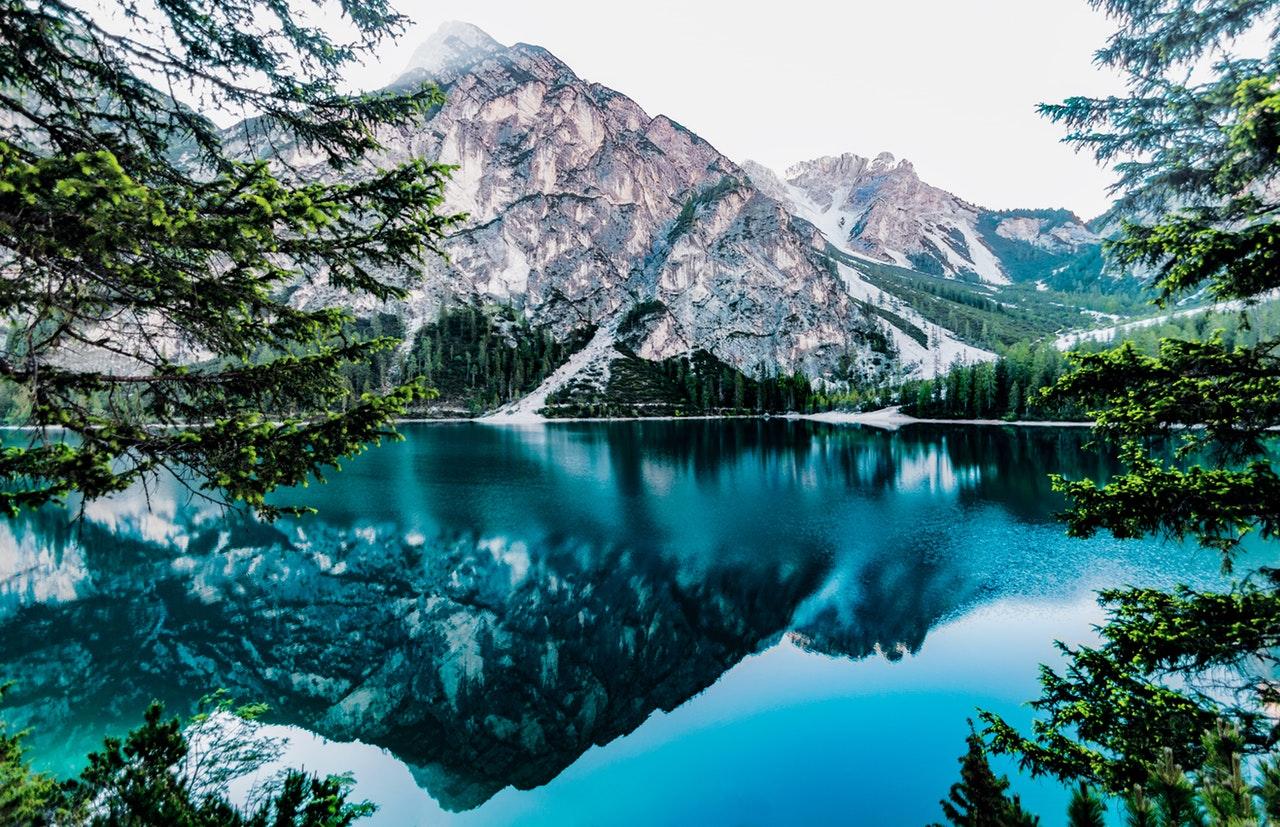 Mountain Cabin Getaways
