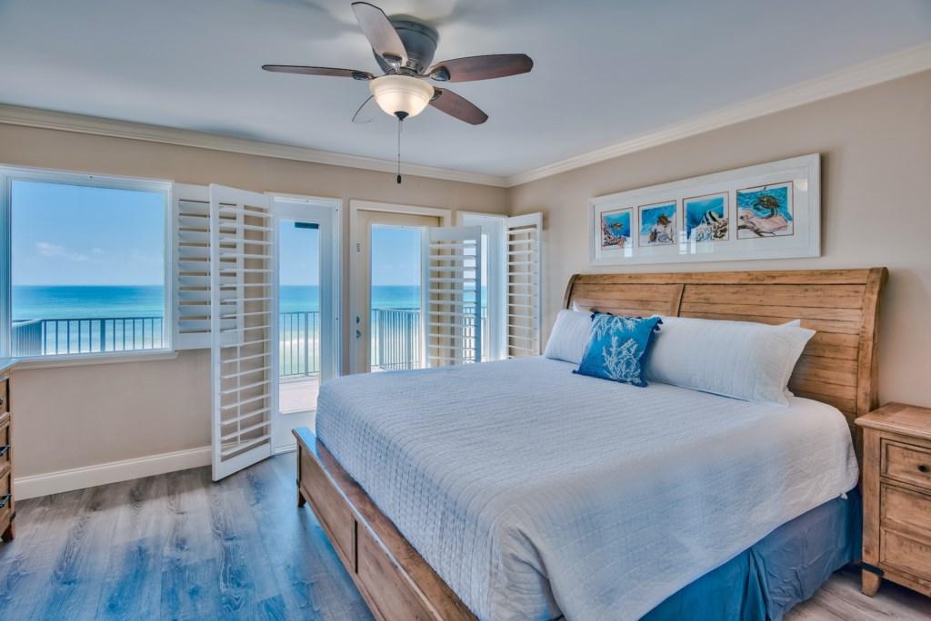 Forever Destin Beach Rentals - Florida Vacation Rental Property Master Bedroom