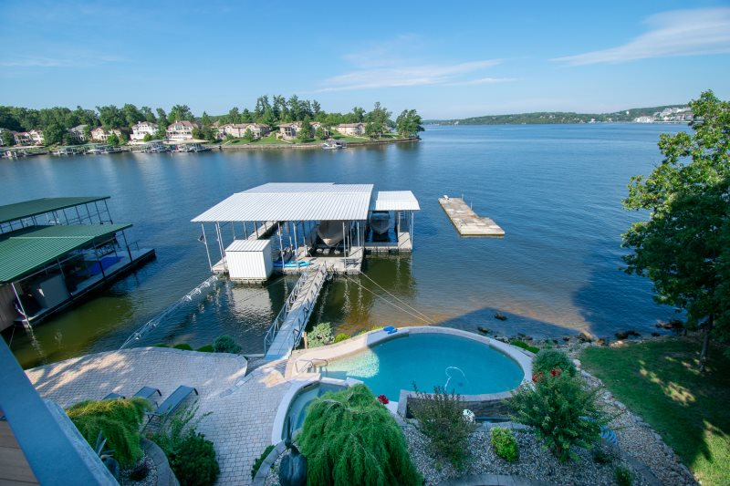 Four Seasons Property Management Vacation Rentals throughout the Lake of the Ozarks Missouri