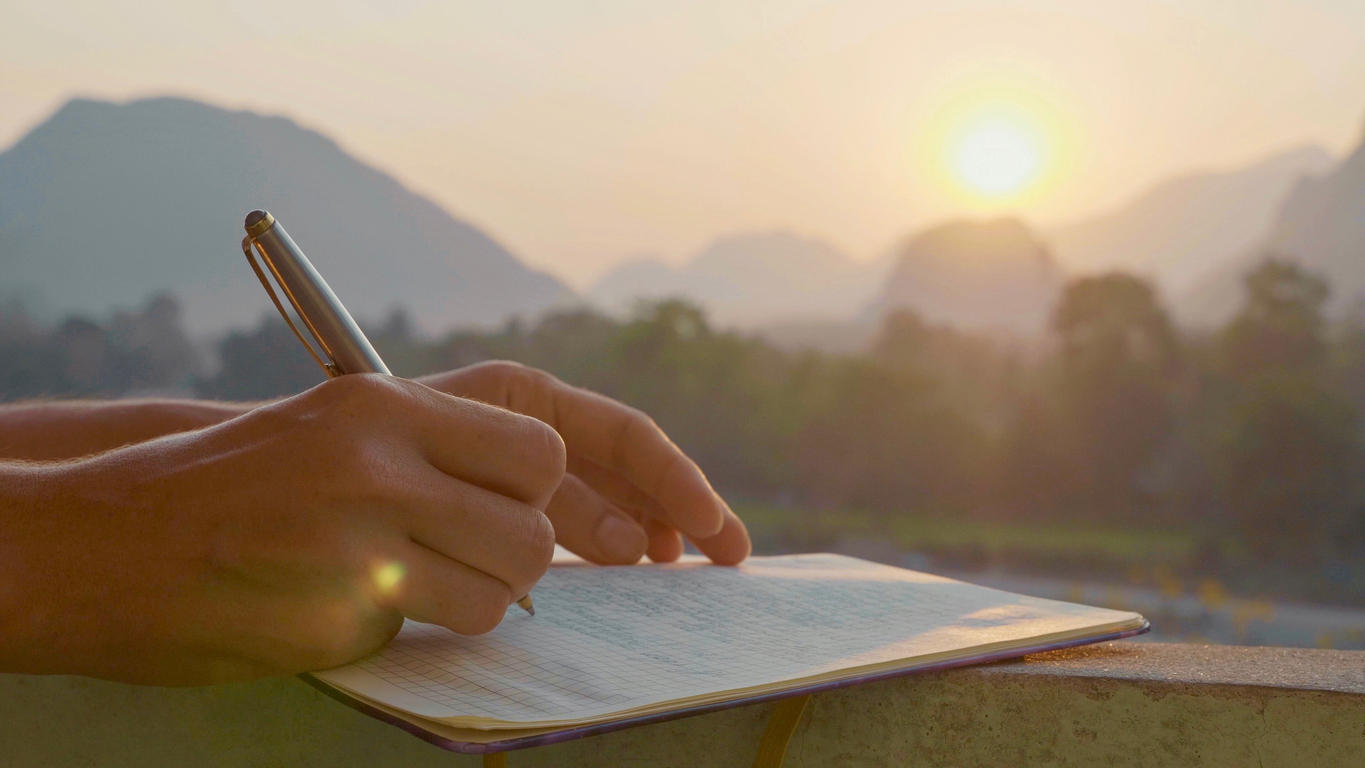 How To Write A Great Travel Journal