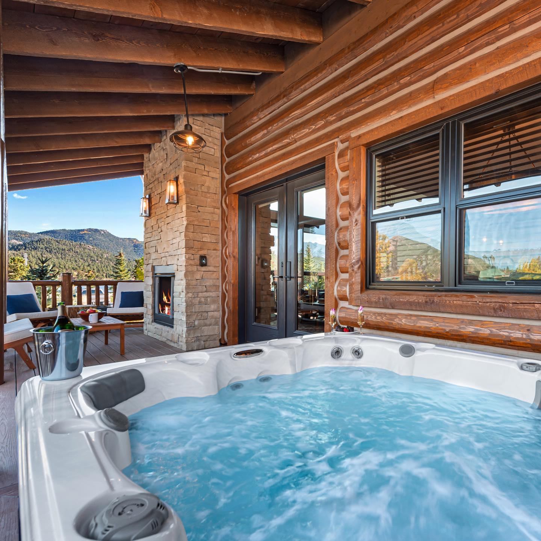 Mountain Village at Lake Estes Colorado Vacation Rental Cabin Homes