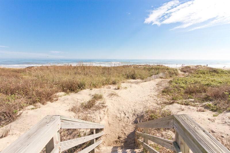 SPI-Rentals-South-Padre-Island-Golden-Sandy-Beach