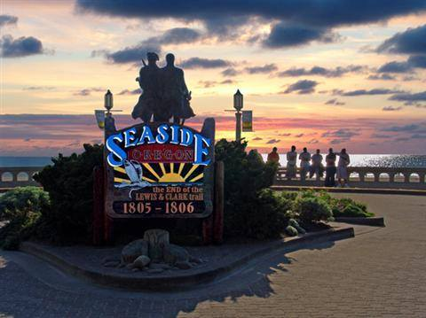 Seaside-Oregon-Beachhouse-Vacation-Rentals-Beachhouse1