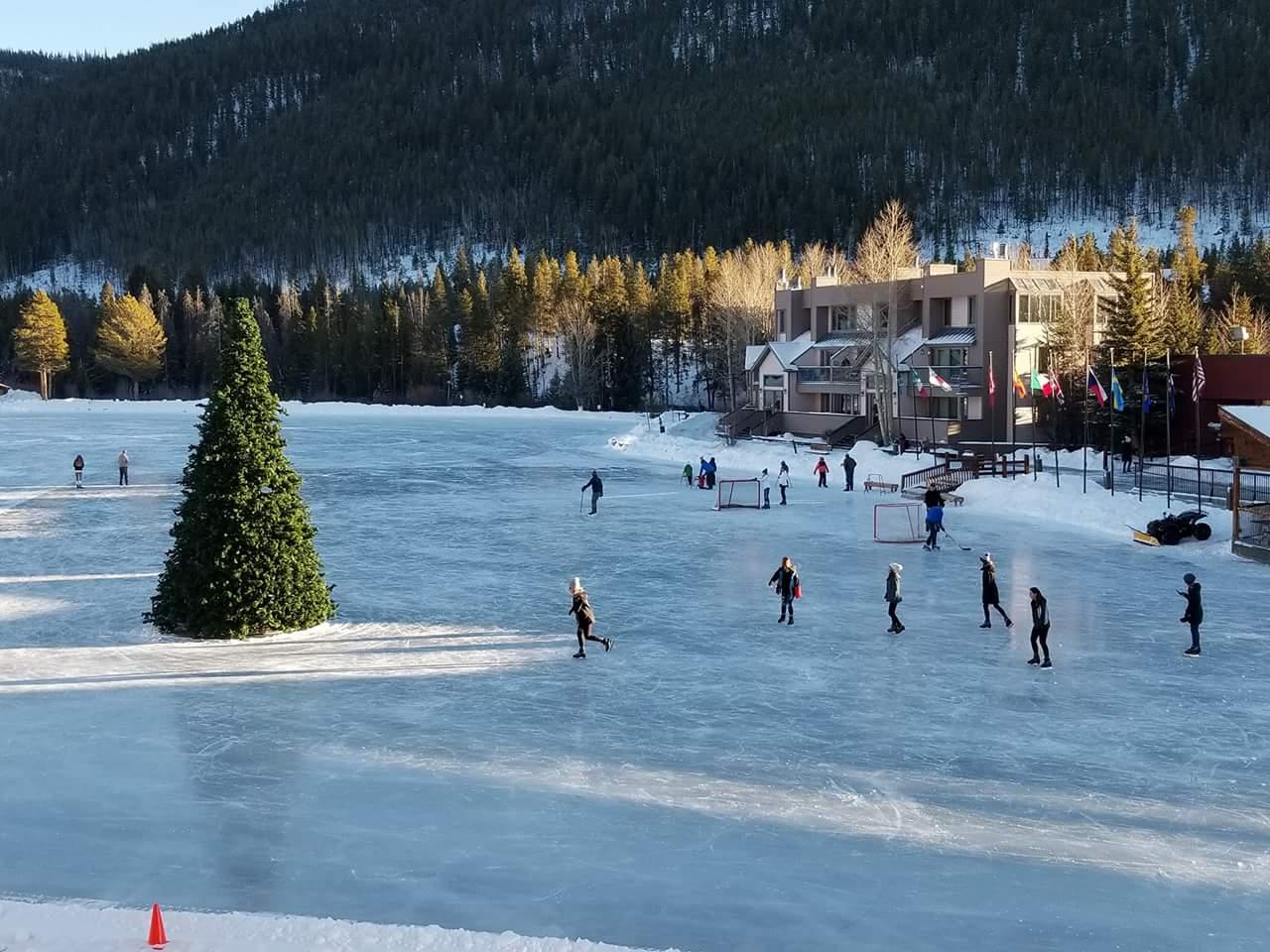SummitCove-Keystone-Colorado-Outdoor-Ice-Skating