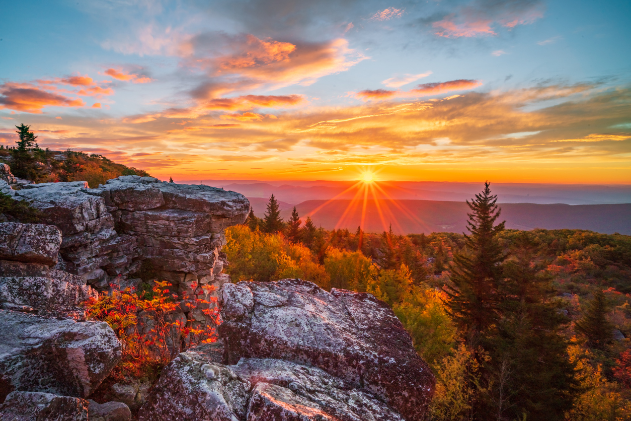 Things To Do In West Virginia Hiking Bear Rock
