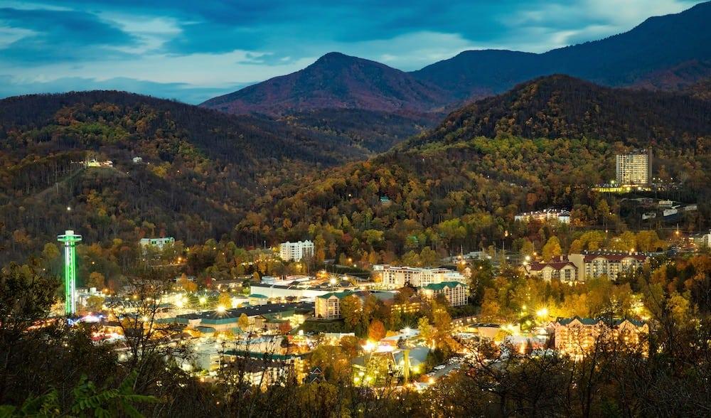 Vacation Getaway To Gatlinburg TN Great Smoky Mountains.