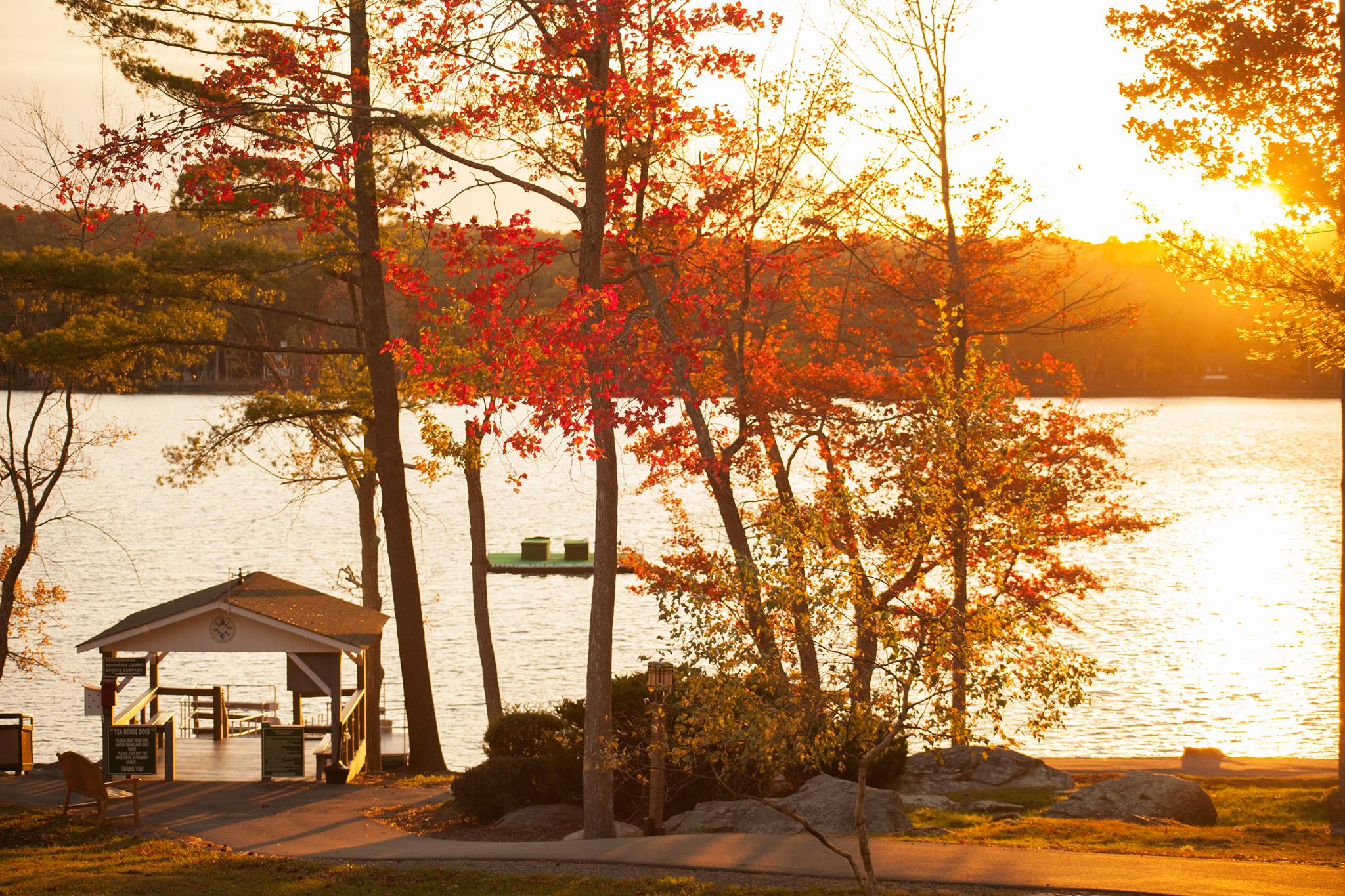Woodloch-Pines-Resort-Pocono-Mountains-in-Fall