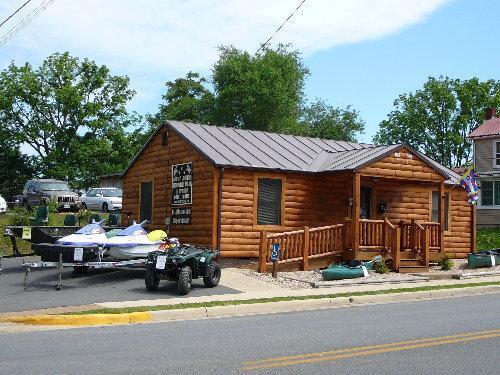 Allstar Lodging Office in Luray Virginia
