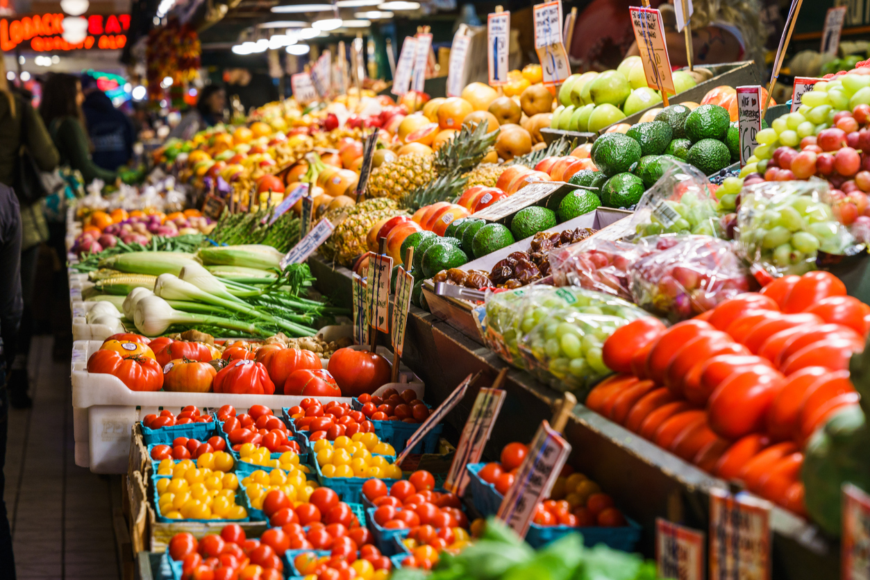 shop and experience local markets while traveling