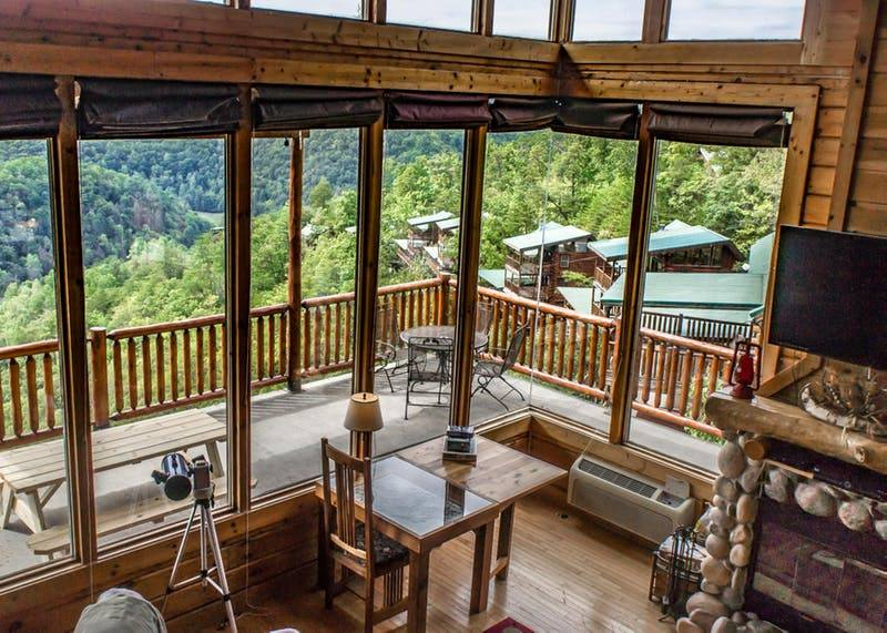 Natural Rretreats Great Smoky Mountains Wears Valley Brothers Cove Community Cabin Rental