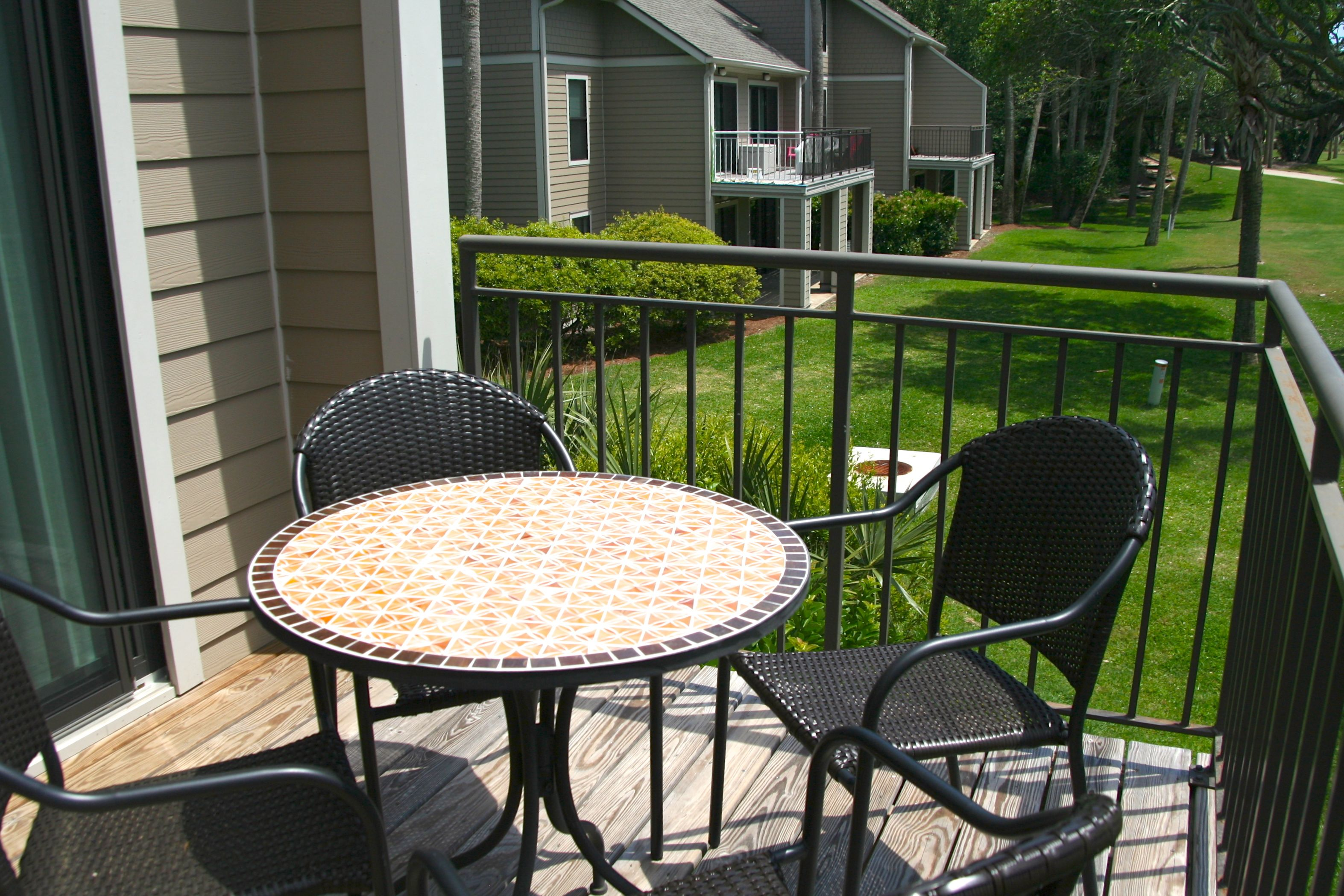 Enjoy dining on the deck.