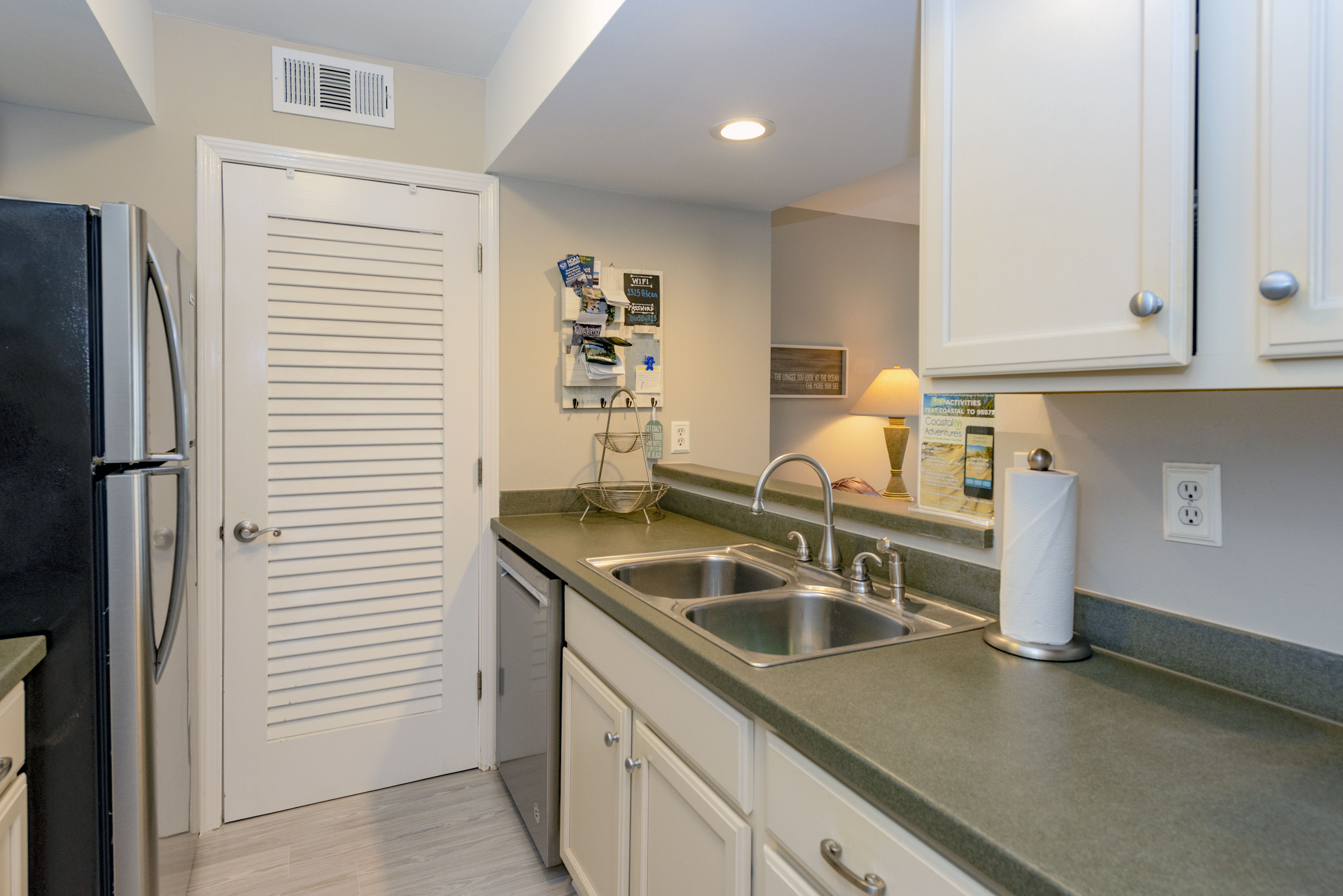 Enjoy the granite counters when preparing your meals after a day at the beach.