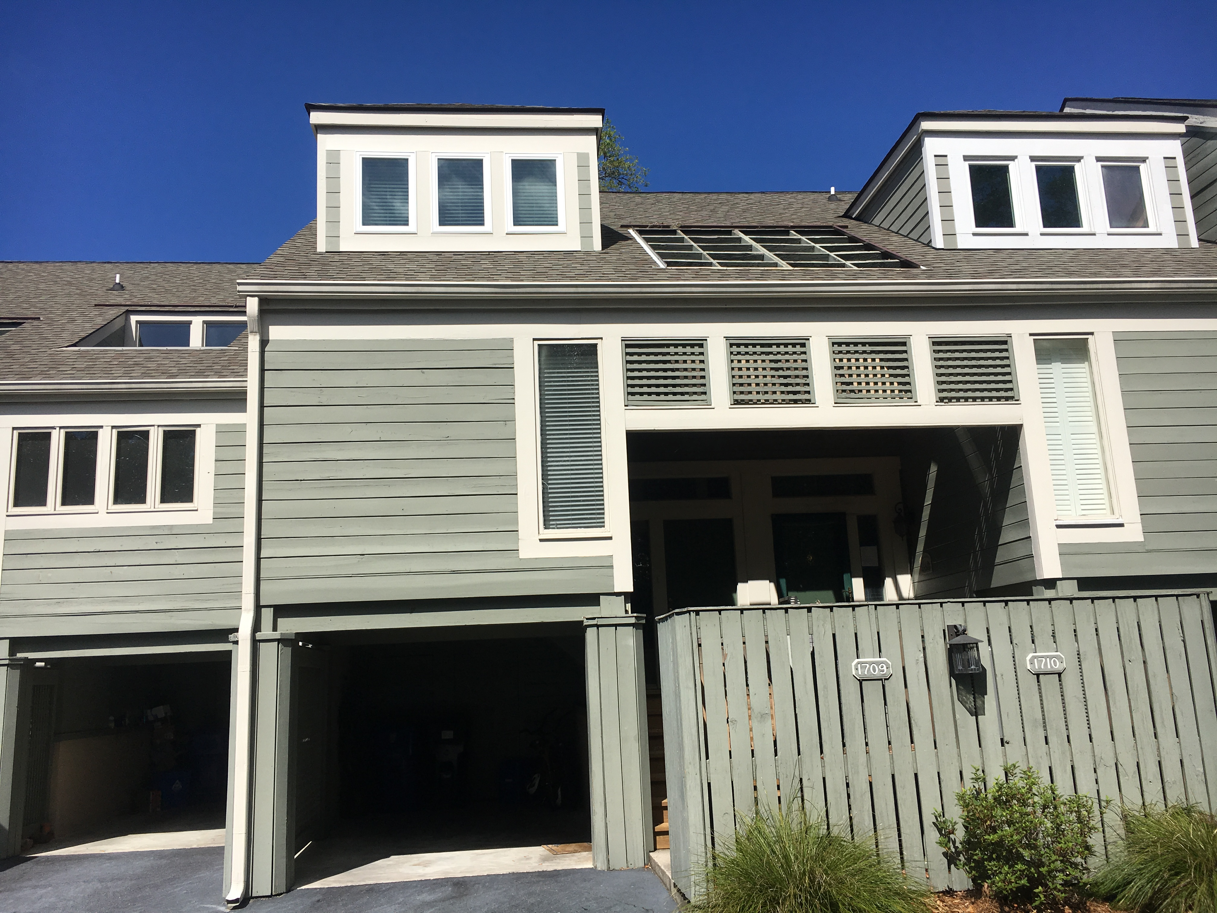 1709 Shelter Cove has a covered garage for your use.