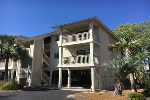 This 2nd floor, 2BR, 2Ba villa is located near many of Seabrook's amenities:  Lake House, Equestrian Center and Racquet Club.