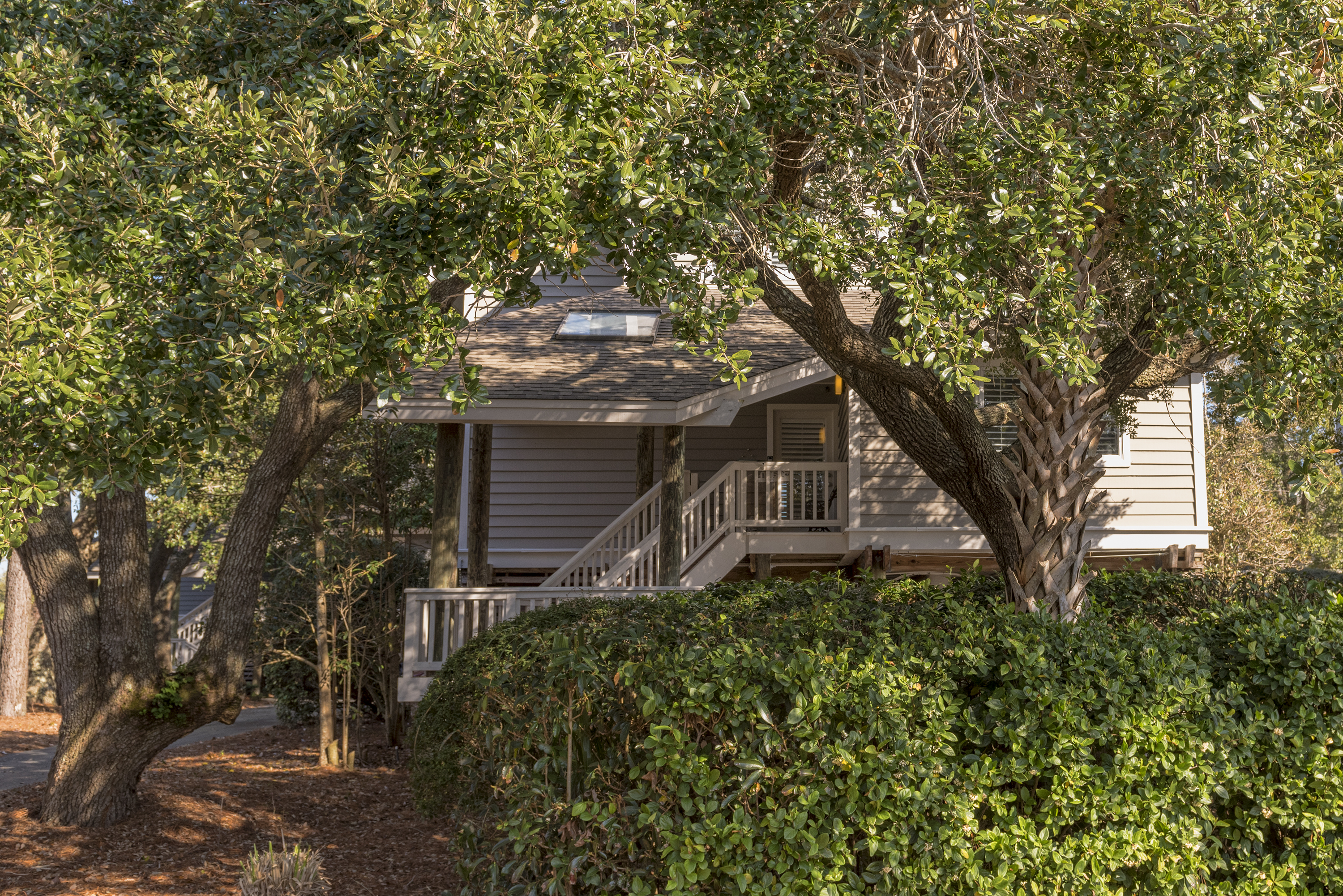 2250 North Beach - Great location and an amazing home!  Perfect for your Seabrook vacation.