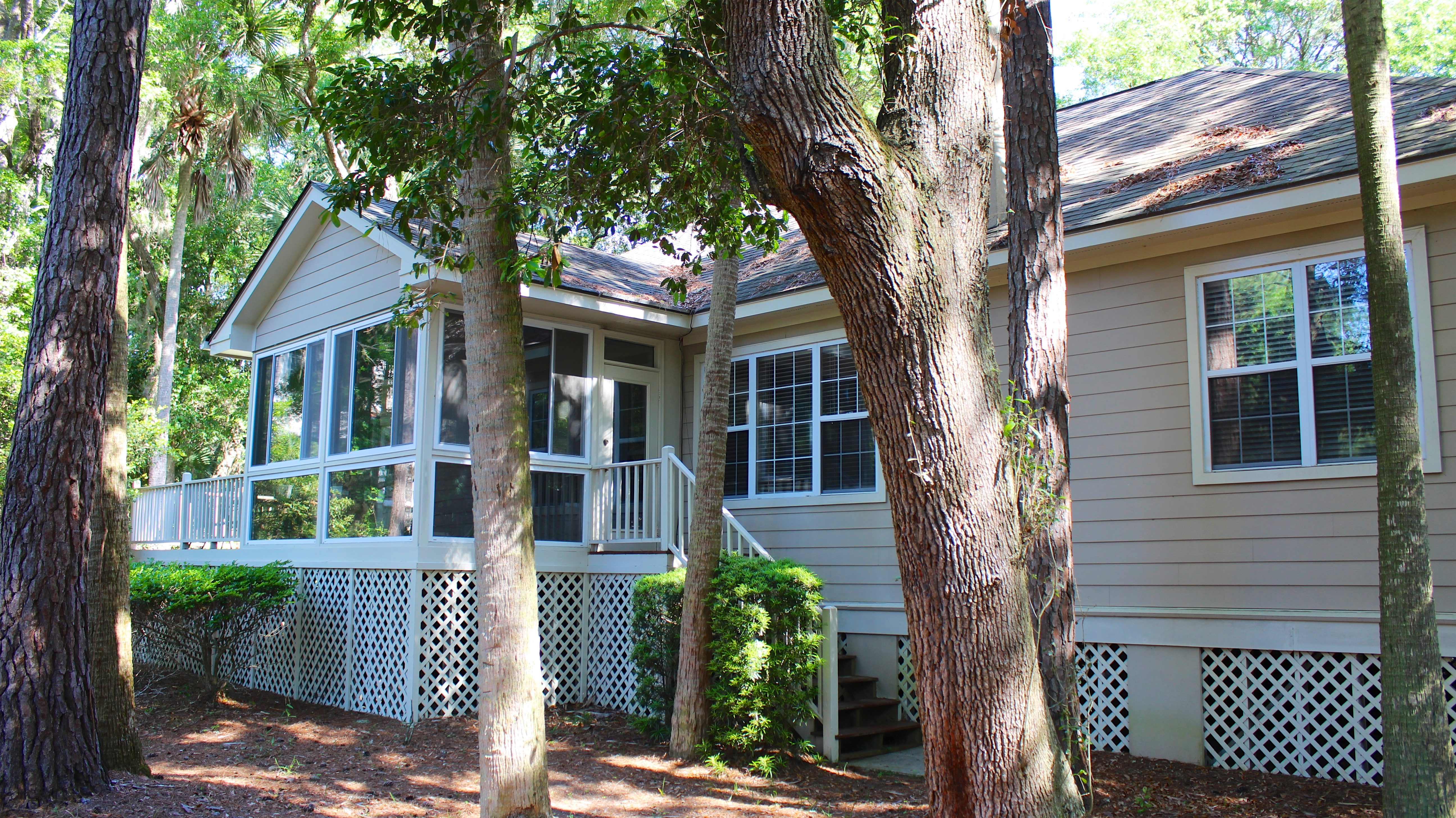 This home is perfect for families ready to enjoy Seabrook at its best.
