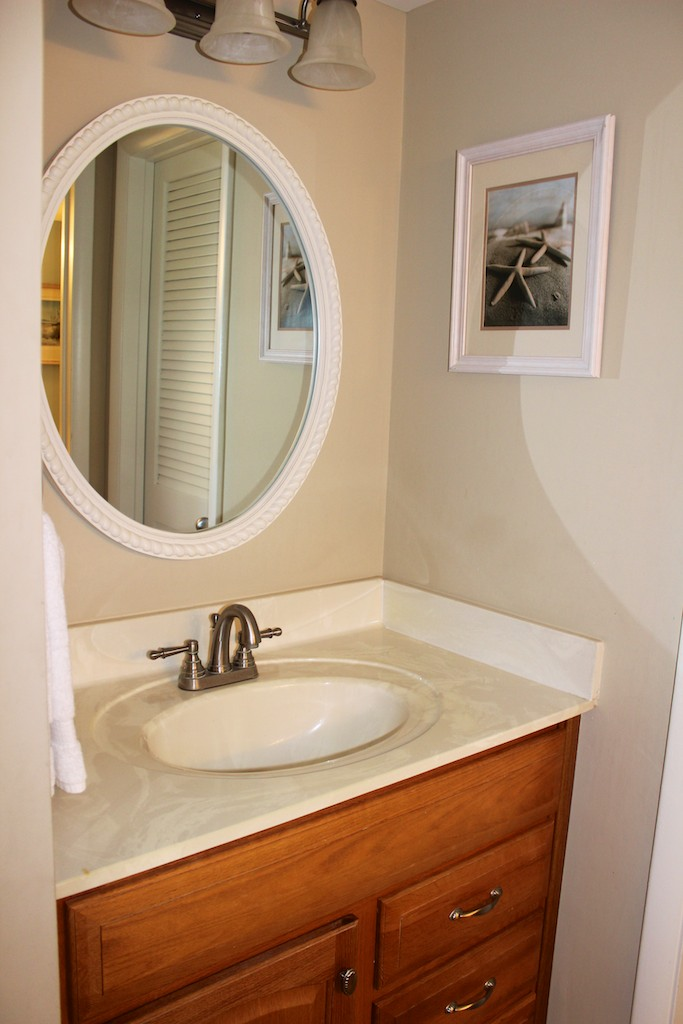 There is a separate sink area making it easier to get ready for the day.