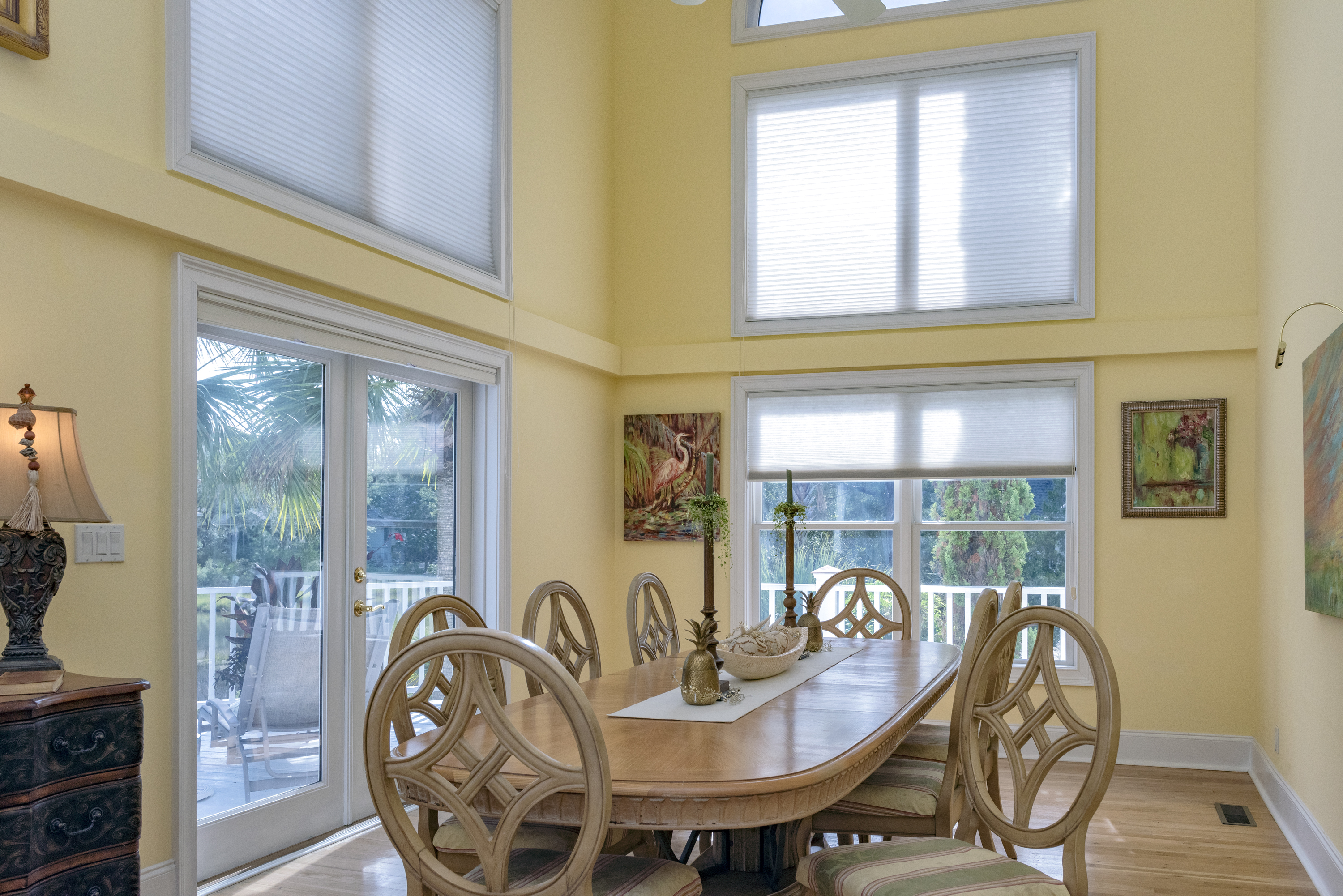 Dining room seating for at least 8