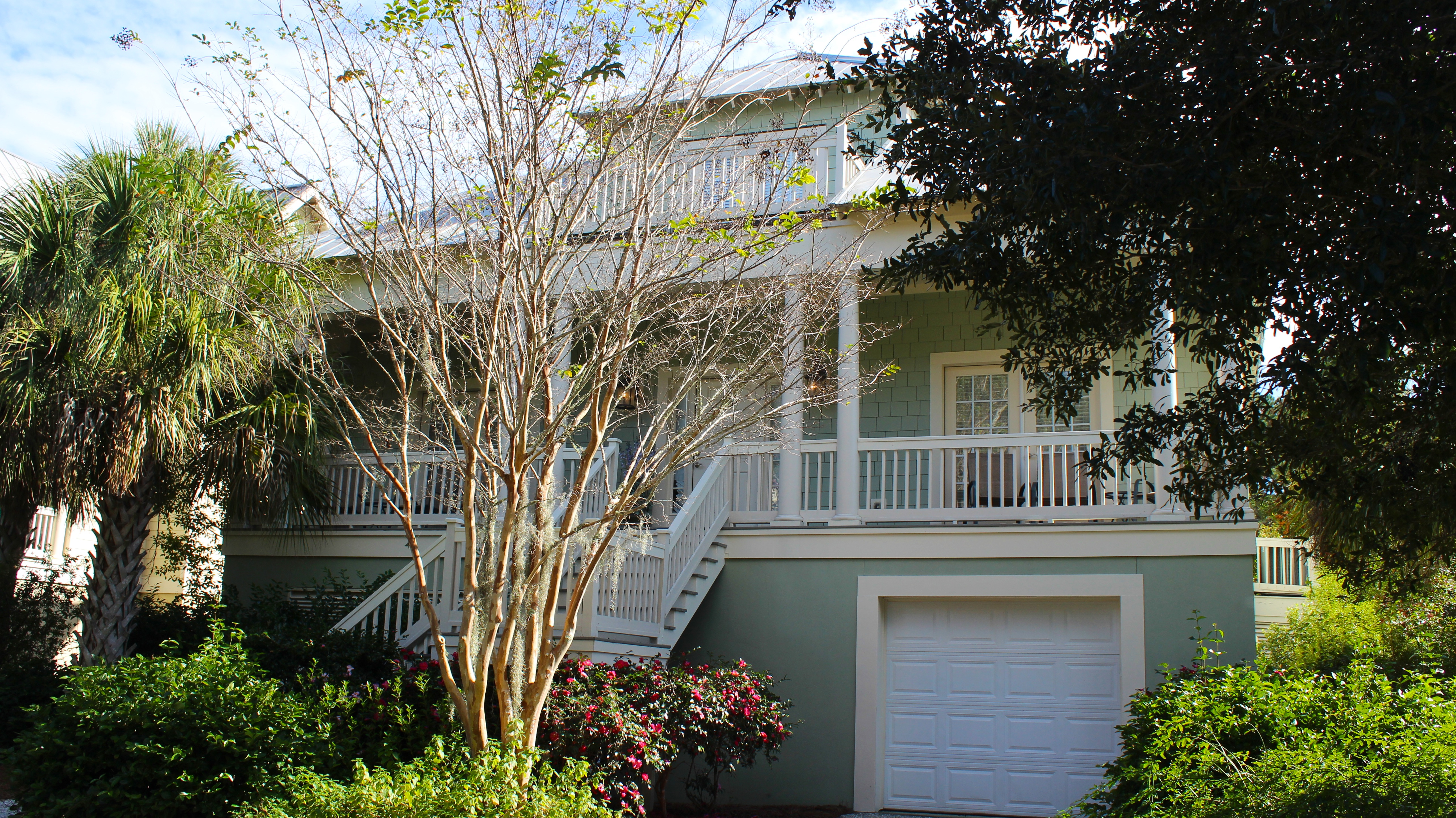 This fabulous family home has 3 BR, 2.5 BA, and is pet friendly.