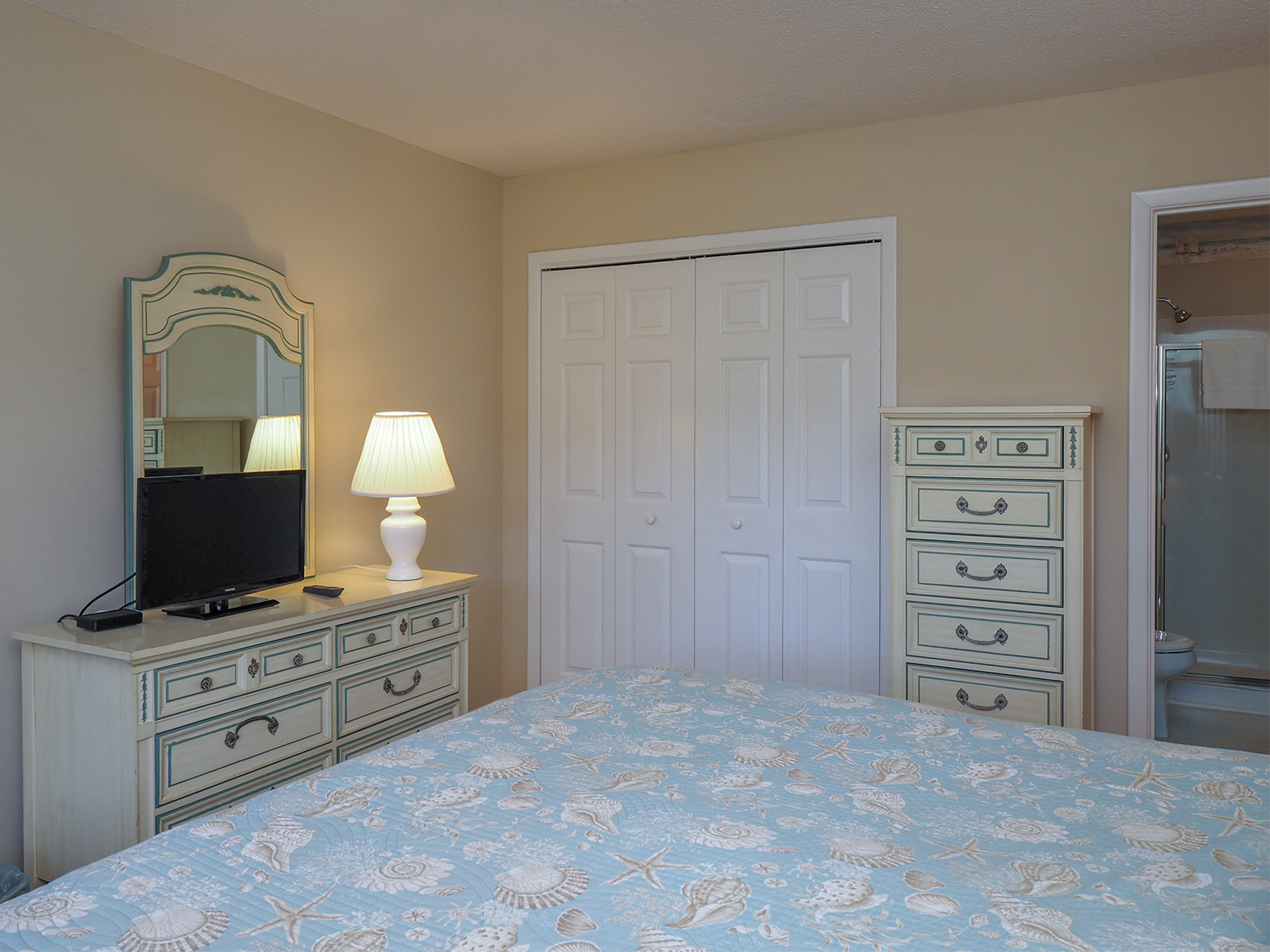 There is ample storage for your stay