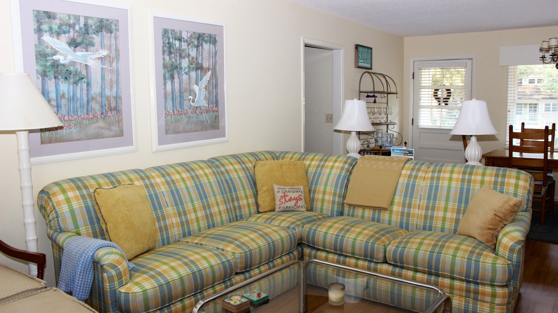 The comfortable furnishings offer seating for all your guests.