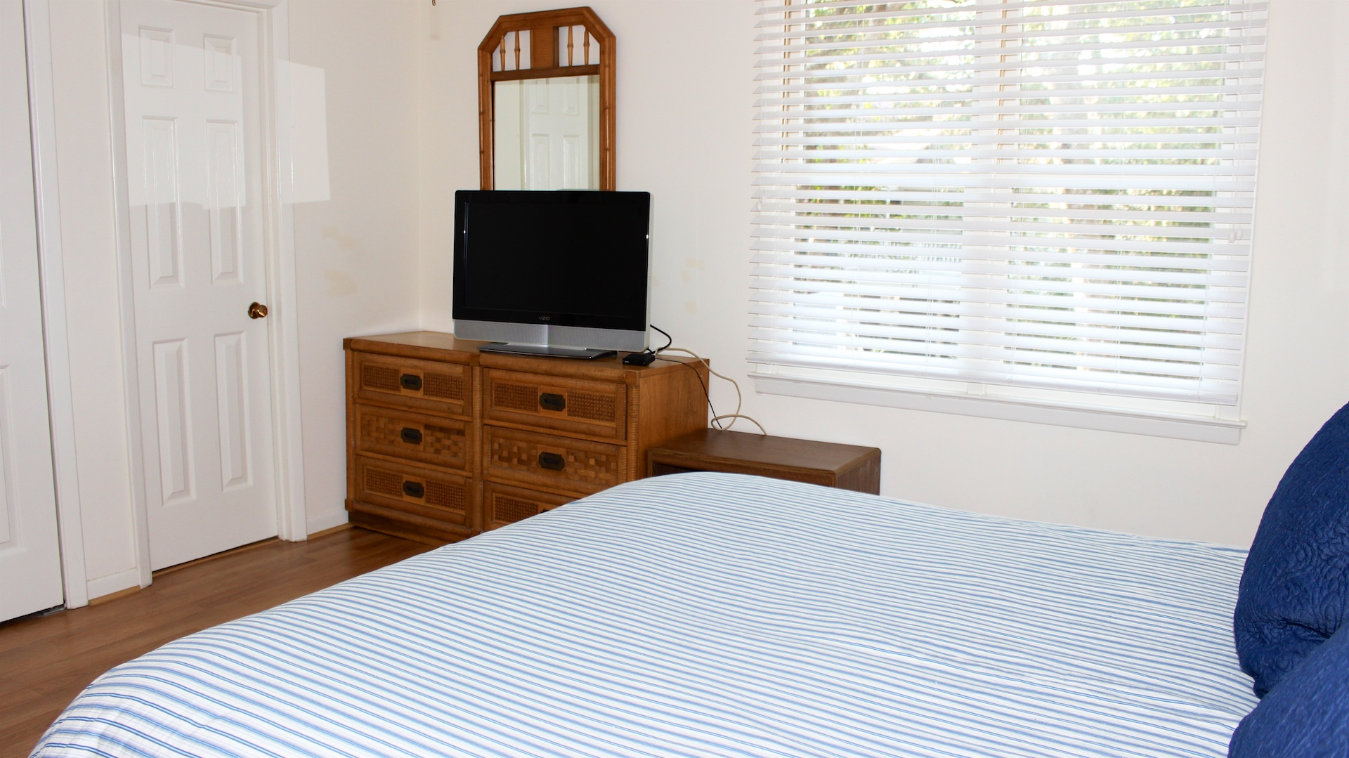 There is a double closet and dresser for your clothing and a flatscreen TV.