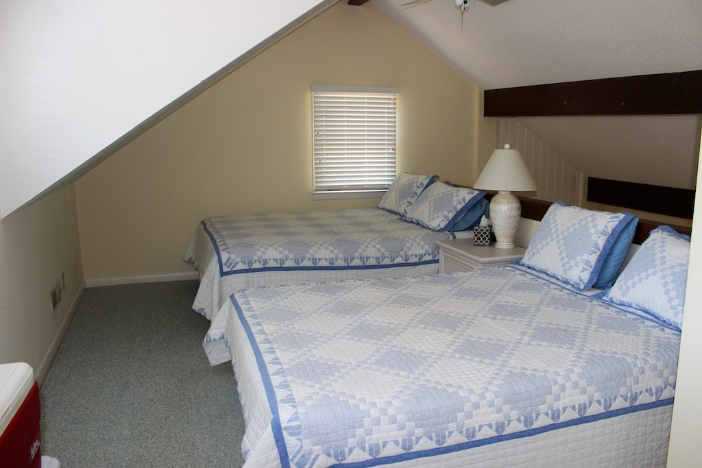 The loft has two queen beds.