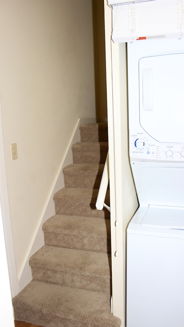 There is a washer/dryer in the hall leading to the loft bedroom.