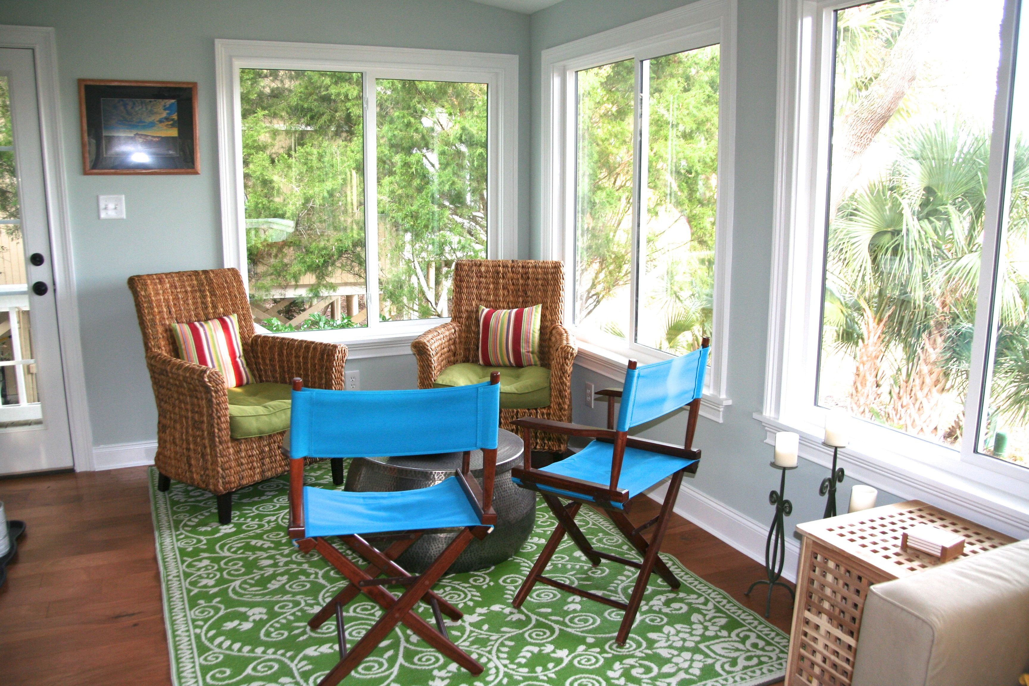 Bright, sunny, welcoming! The perfect addition to an already wonderful cottage.