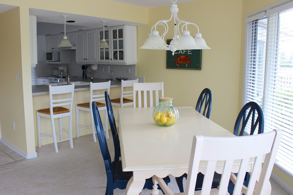 The living room flows in to the dining area.
