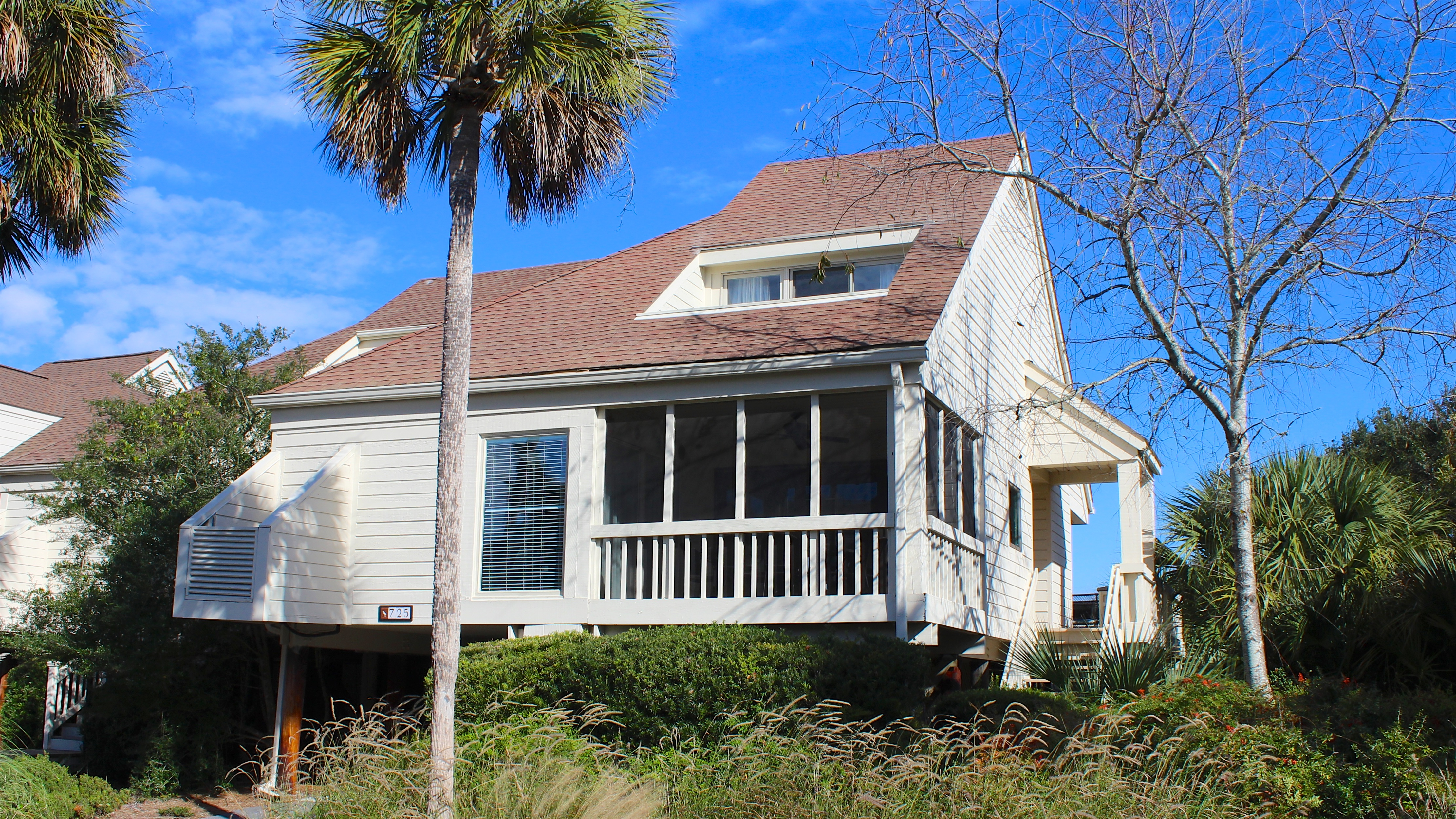 What a perfect home for your Seabrook vacation!