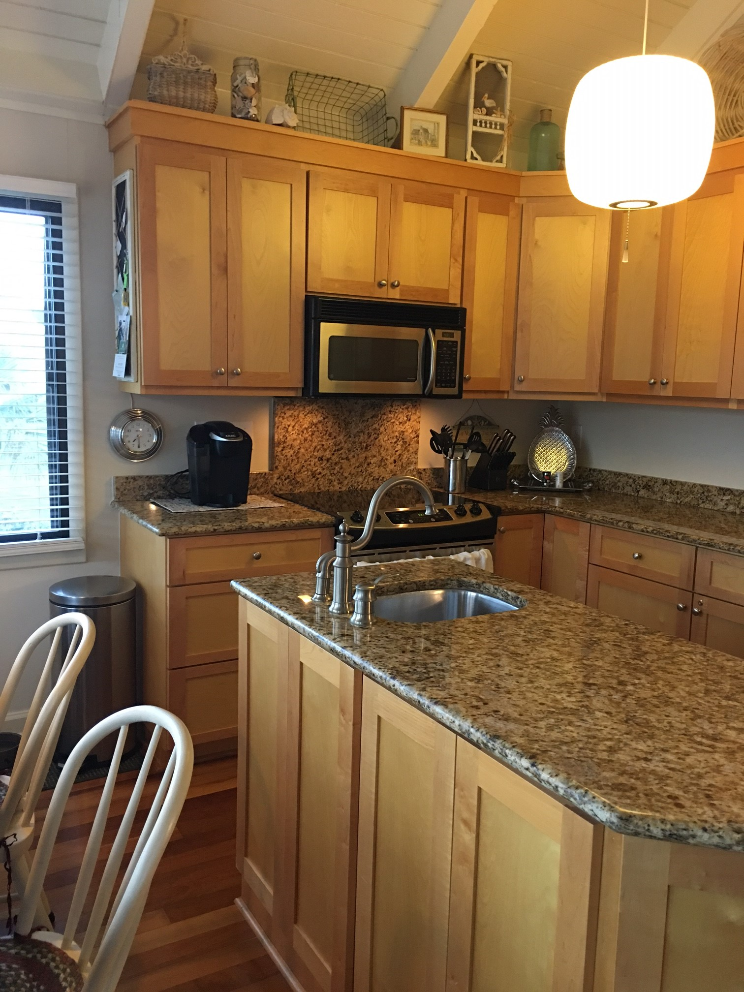 Enjoy the well equipped kitchen.