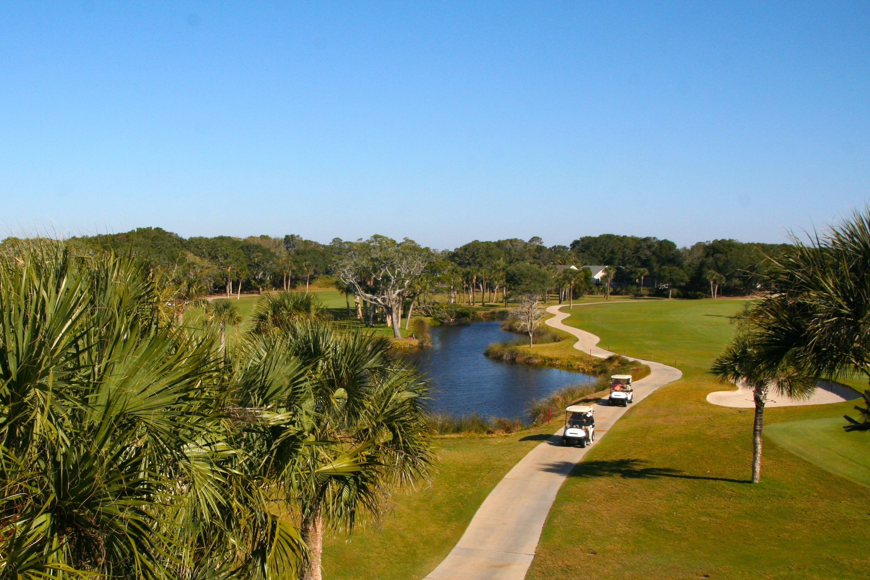 Panoramic views of Ocean Winds starting and finishing holes are gorgeous.