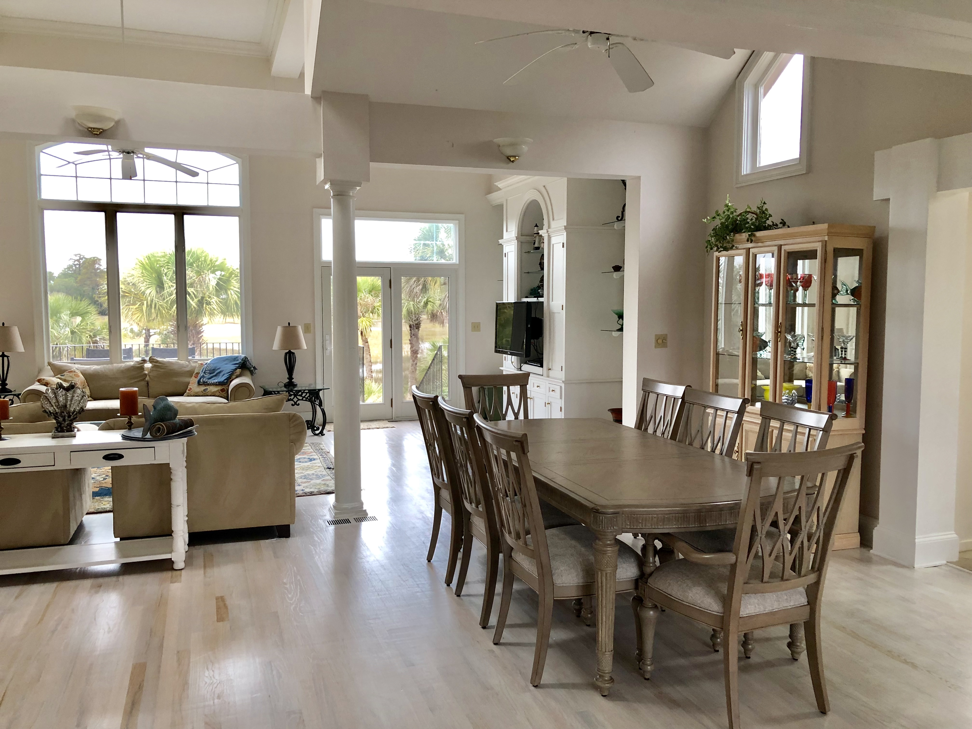 The open floor plan in the dining room and great room have vaulted ceilings with lots of natural light.