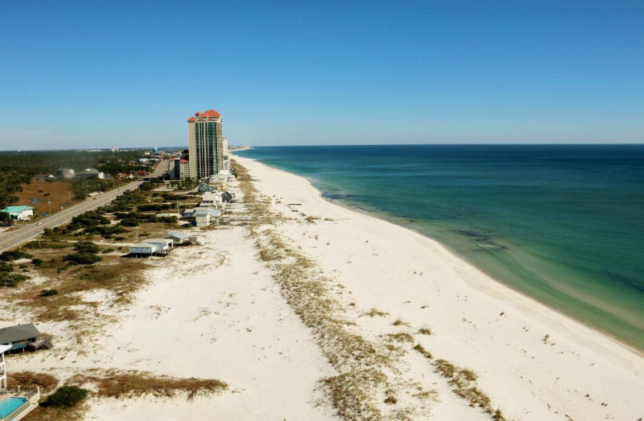 Phoenix west ii 1711 orange beach 4 bedroom 5 full bathroom condo rental 99639 fr 4 bedroom condos in orange beach al