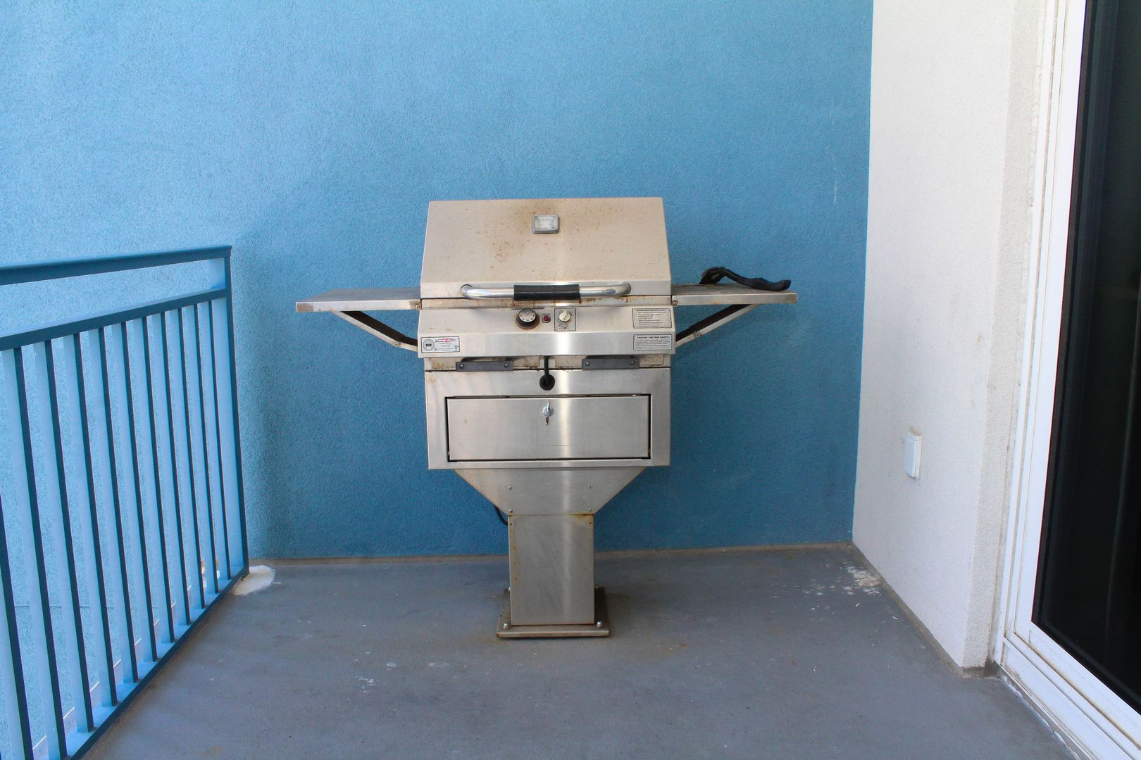 Grill on Balcony