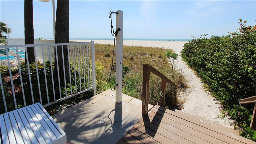 Beach Access with Shower