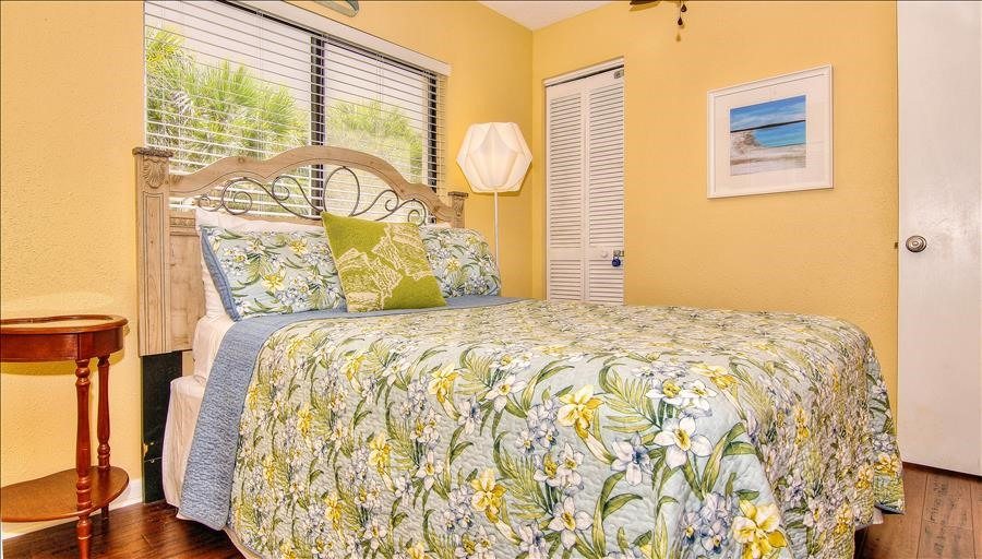 Yellow Guest Room