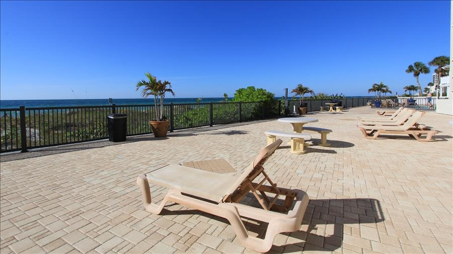 Sundeck with Lounge Chairs
