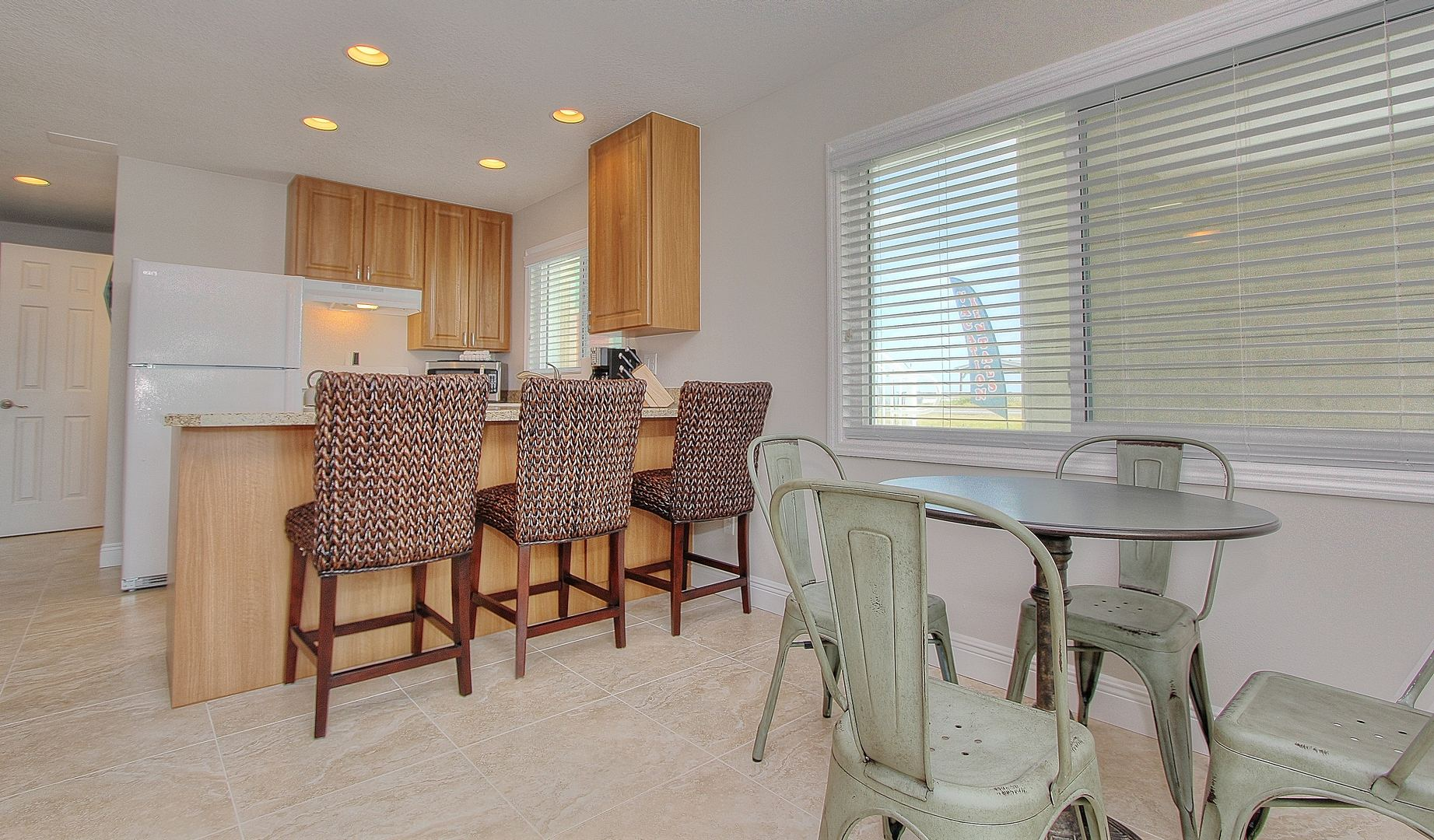 Kitchen Chairs W/ Dining Table