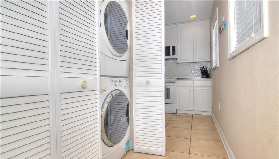 HE Washer & Dryer in Unit