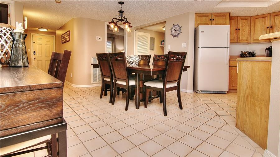 Dining Room, Kitchen & Entry