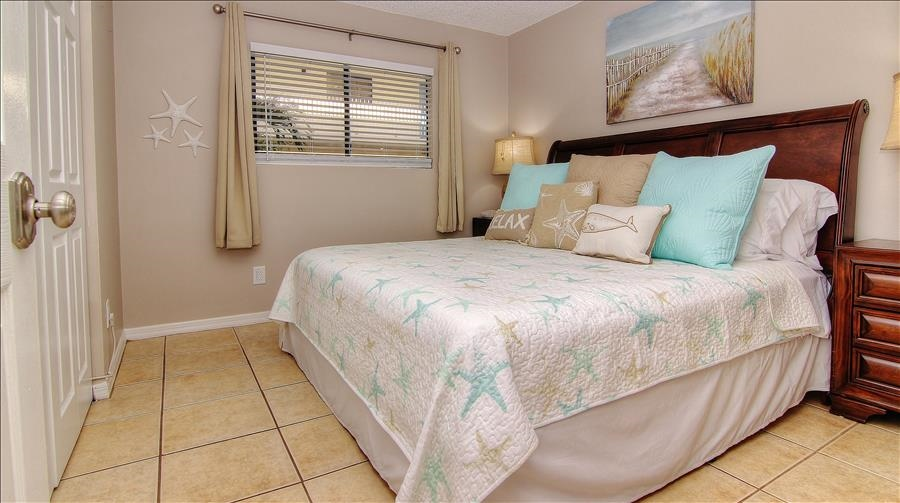 King Bed in 2nd Guest Room