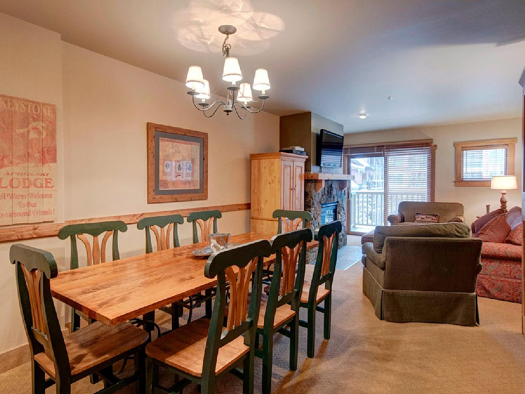 1f red hawk lodge 2271 place to stay on vacation 2 for Keystone colorado cabin rentals