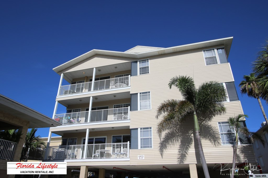 Sunset Paradise 11: Vacation Condo For Rent Indian Rocks Beach Florida