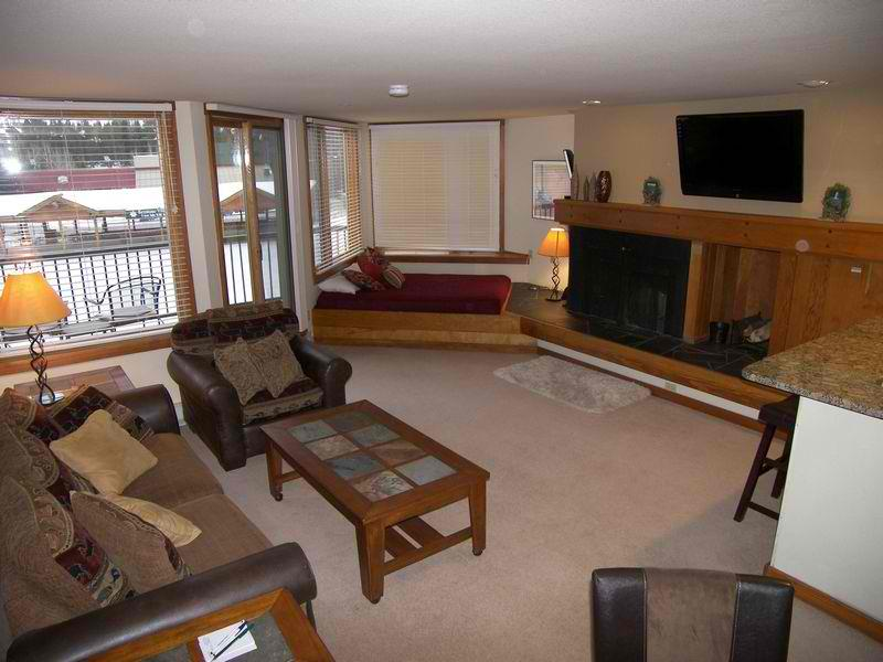 Lakeside lsjm sitting on the 102490 find rentals for Keystone colorado cabin rentals