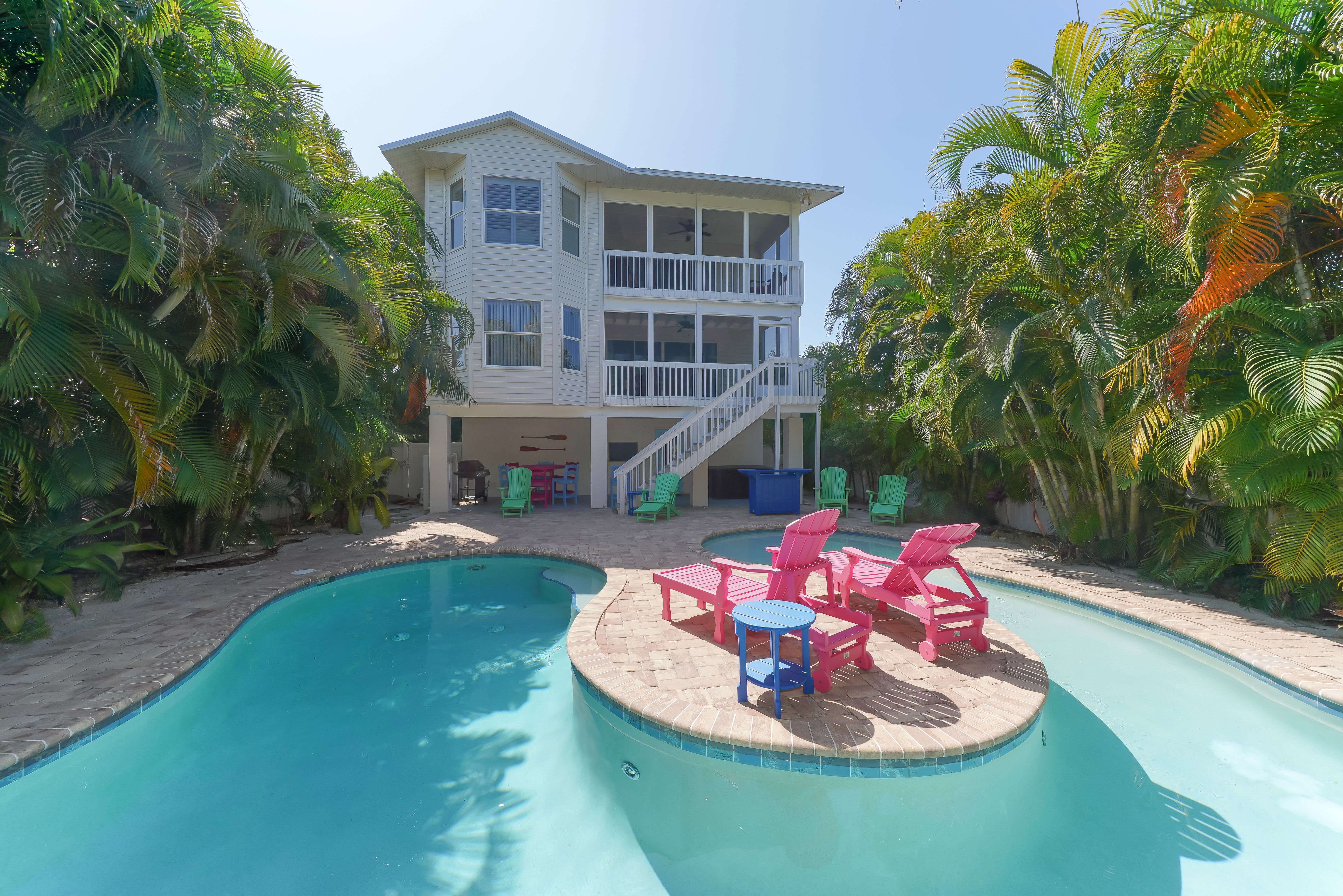 Lighthouse Lagoon Pet Friendly 5 Bedroom Vacation House Rental Anna Maria Island Fl With Pool 102641 Find Rentals